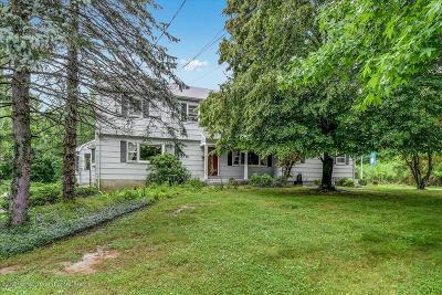 Holmdel Single Family Home For Sale: 81 Main Street