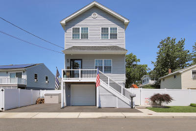Keansburg Single Family Home Under Contract: 9 Orchard Street
