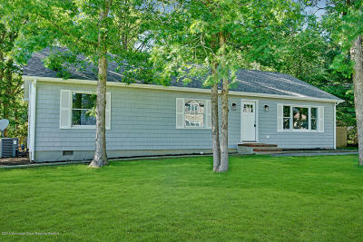 Ocean County Single Family Home For Sale: 26 Mermaid Drive
