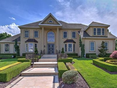 Morganville Single Family Home For Sale: 14 Saratoga Court
