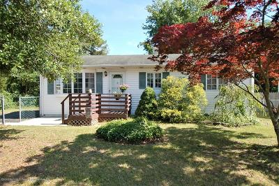 Brick Single Family Home For Sale: 142 Stephan Road