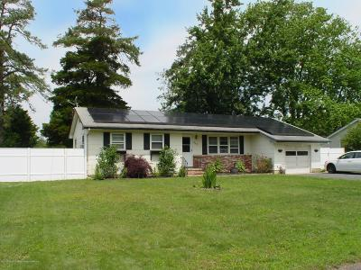 Ocean County Single Family Home For Sale: 460 Barnacle Road