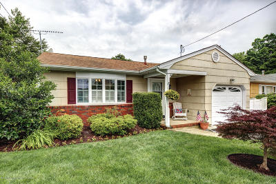 Point Pleasant Single Family Home Under Contract: 1203 Northstream Parkway