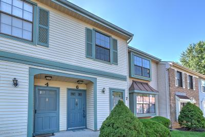 Freehold Condo/Townhouse For Sale: 15 Interlaken Court #6