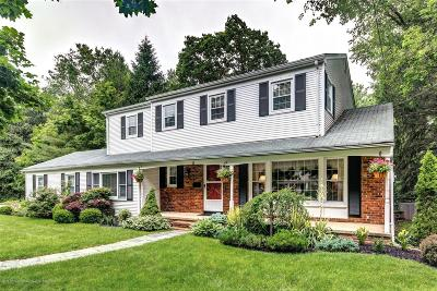 Middletown Single Family Home For Sale: 32 Devonshire Court