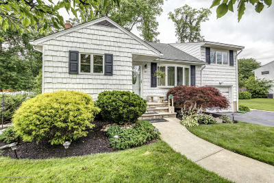 Middletown Single Family Home For Sale: 5 Barbara Terrace