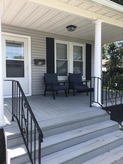 Keansburg Single Family Home Under Contract: 10 Crescent Street