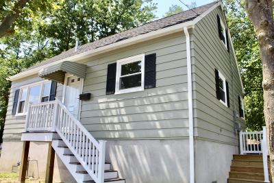Keansburg Single Family Home For Sale: 79 Kennedy Way