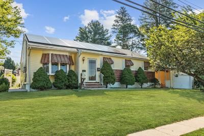Freehold Single Family Home For Sale: 60 Robertsville Road