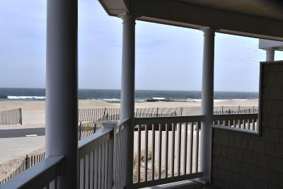 Manasquan Condo/Townhouse For Sale: 209 Beachfront #2