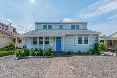 Toms River Single Family Home For Sale: 24 Anchorage Drive