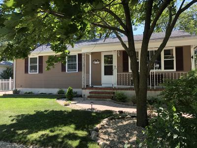 Beachwood Single Family Home For Sale: 127 Admiral Avenue