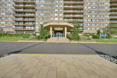 Monmouth County Condo/Townhouse Under Contract: 55 Ocean Avenue #9M