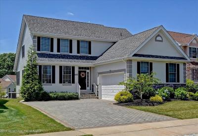 Manalapan Single Family Home For Sale: 102 E Parsonage Way