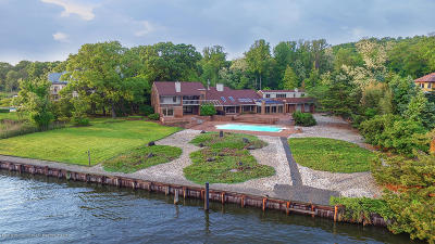 Rumson Single Family Home For Sale: 16 Clay Court