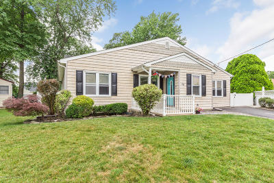 Hazlet Single Family Home For Sale: 26 W Jack Street