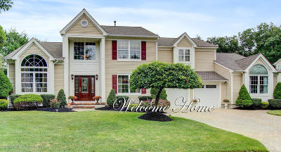 Toms River Single Family Home For Sale: 107 Grande Woodlands Way