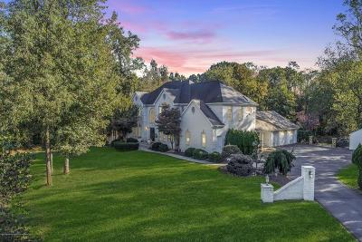 Manalapan Single Family Home For Sale: 2 Fountayne Lane