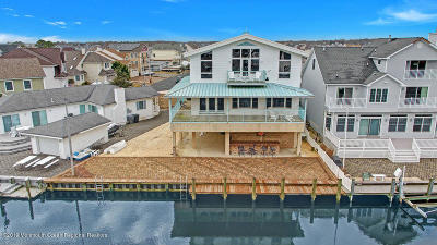 Brick Single Family Home For Sale: 74 W Granada Drive