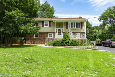 Howell Single Family Home For Sale: 642 Casino Drive