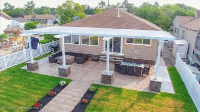Toms River Single Family Home For Sale: 159 Bay Stream Drive