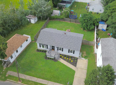 Hazlet Single Family Home For Sale: 169 8th Street