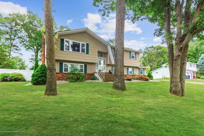 Brick Single Family Home For Sale: 700 Merrimac Way