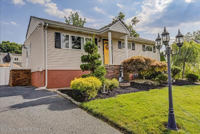 Hazlet Single Family Home For Sale: 6 Irwin Place