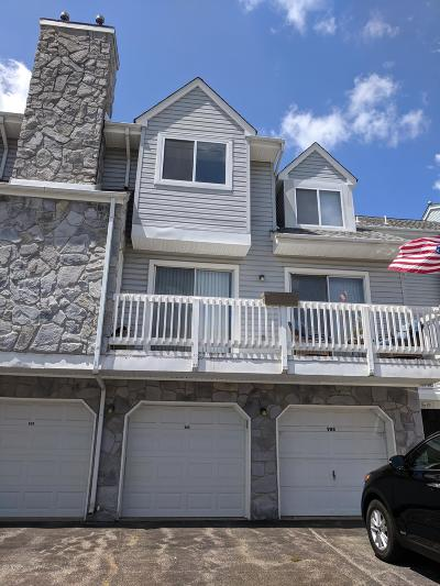 Toms River Condo/Townhouse For Sale: 909 Scarlet Oak Avenue