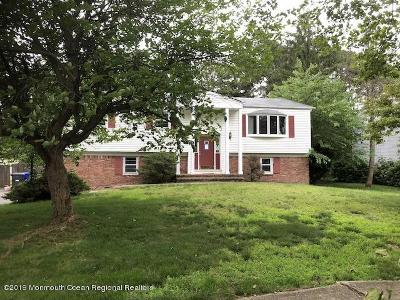 Toms River Single Family Home For Sale: 31 Yorkshire Drive