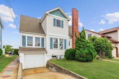 Point Pleasant Beach Single Family Home For Sale: 160 Baltimore Avenue