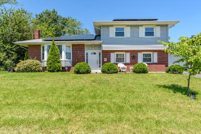 Howell Single Family Home For Sale: 26 Kingsport Drive