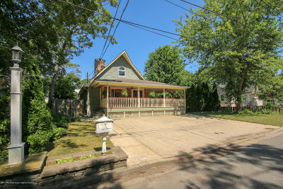 Point Pleasant Single Family Home For Sale: 731 Oakwood Road