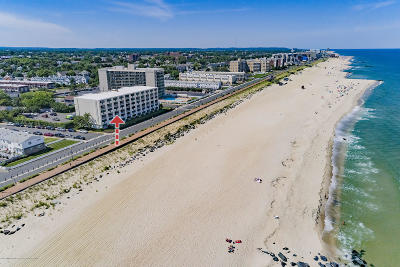 Long Branch Condo/Townhouse For Sale: 510 Ocean Avenue #19