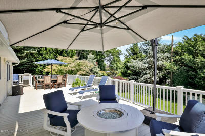 Monmouth County Single Family Home For Sale: 72 Hilltop Terrace