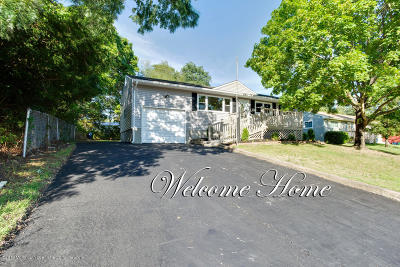 Toms River Single Family Home For Sale: 36 Adelphi Road