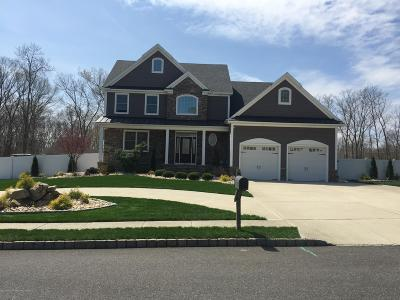 Ocean County Single Family Home For Sale: 52 Pleasant Valley Court
