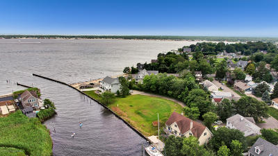 Island Heights Single Family Home For Sale: 212 Bay Avenue
