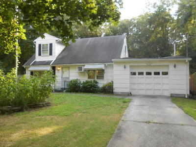 Howell Single Family Home For Sale: 93 Smith Street