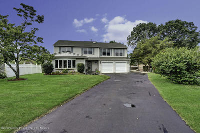 Toms River Single Family Home For Sale: 109 Venus Lane