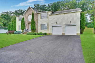 Monmouth County Single Family Home For Sale: 66 Georgetown Road
