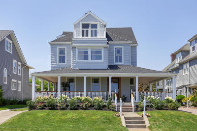 Monmouth County Single Family Home For Sale: 1611 Ocean Avenue