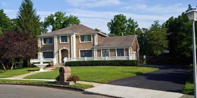 Marlboro Single Family Home For Sale: 36 Marigold Lane