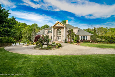 Morganville Single Family Home For Sale: 419 Fawns Run