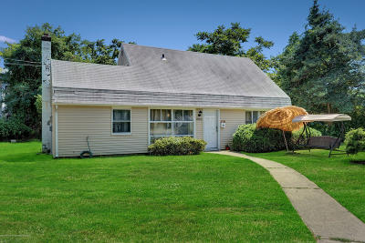 Long Branch Single Family Home For Sale: 965 Woodgate Avenue