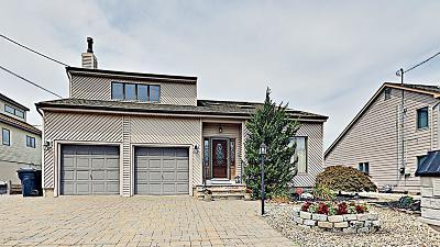 Brick Single Family Home For Sale: 15 Toronto Drive