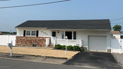 Toms River Single Family Home Under Contract: 726 Phoebe Street