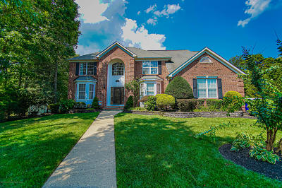 Brick Single Family Home For Sale: 4 Buxton Court