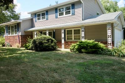 Freehold Single Family Home For Sale: 52 Burki Place