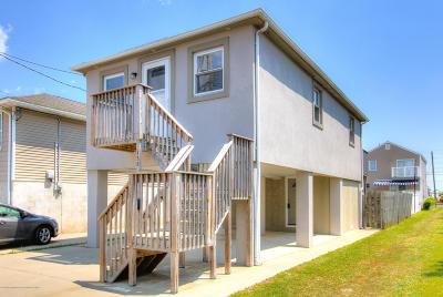 Point Pleasant Beach Single Family Home For Sale: 138 Randall Avenue